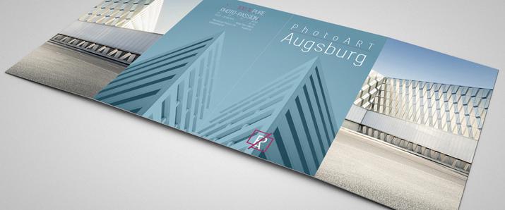 Tutorial: Edlen Premium-Flyer für eine Ausstellung gestalten