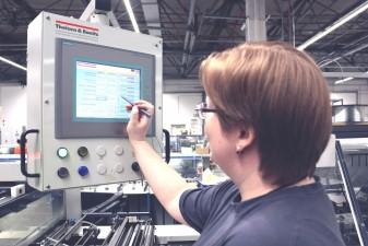 Ausbildung zum Medientechnologen Druckverarbeitung bei SAXOPRINT (6)