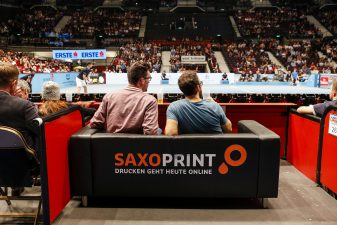 Erste Bank Open 500 – SAXOPRINT Business-Couch
